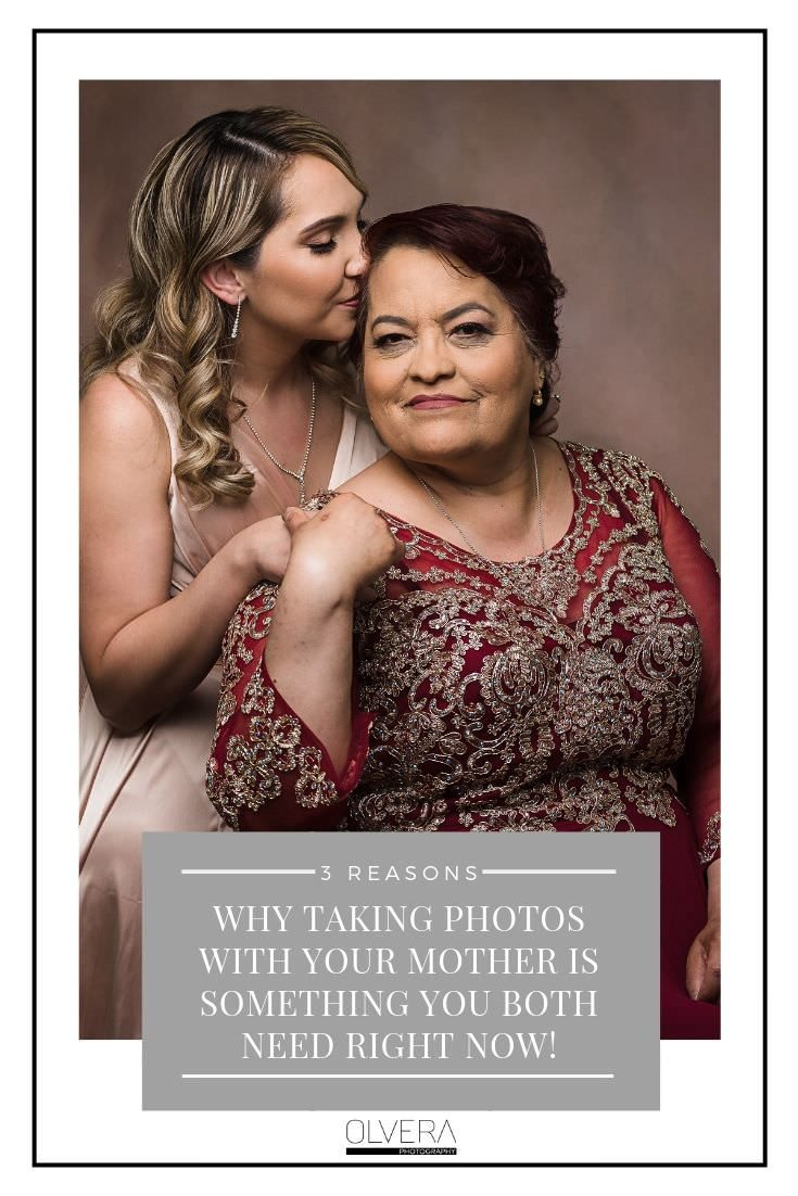 Why-Taking-Photos-With-Your-Mother-Is-Something-You-Both-Need-Right-Now