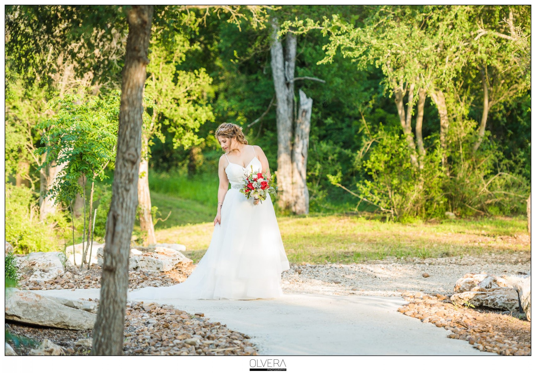 Sunset-Hill-Country-Bridal-Portraits_Geronimo-Oaks_Seguin_TX
