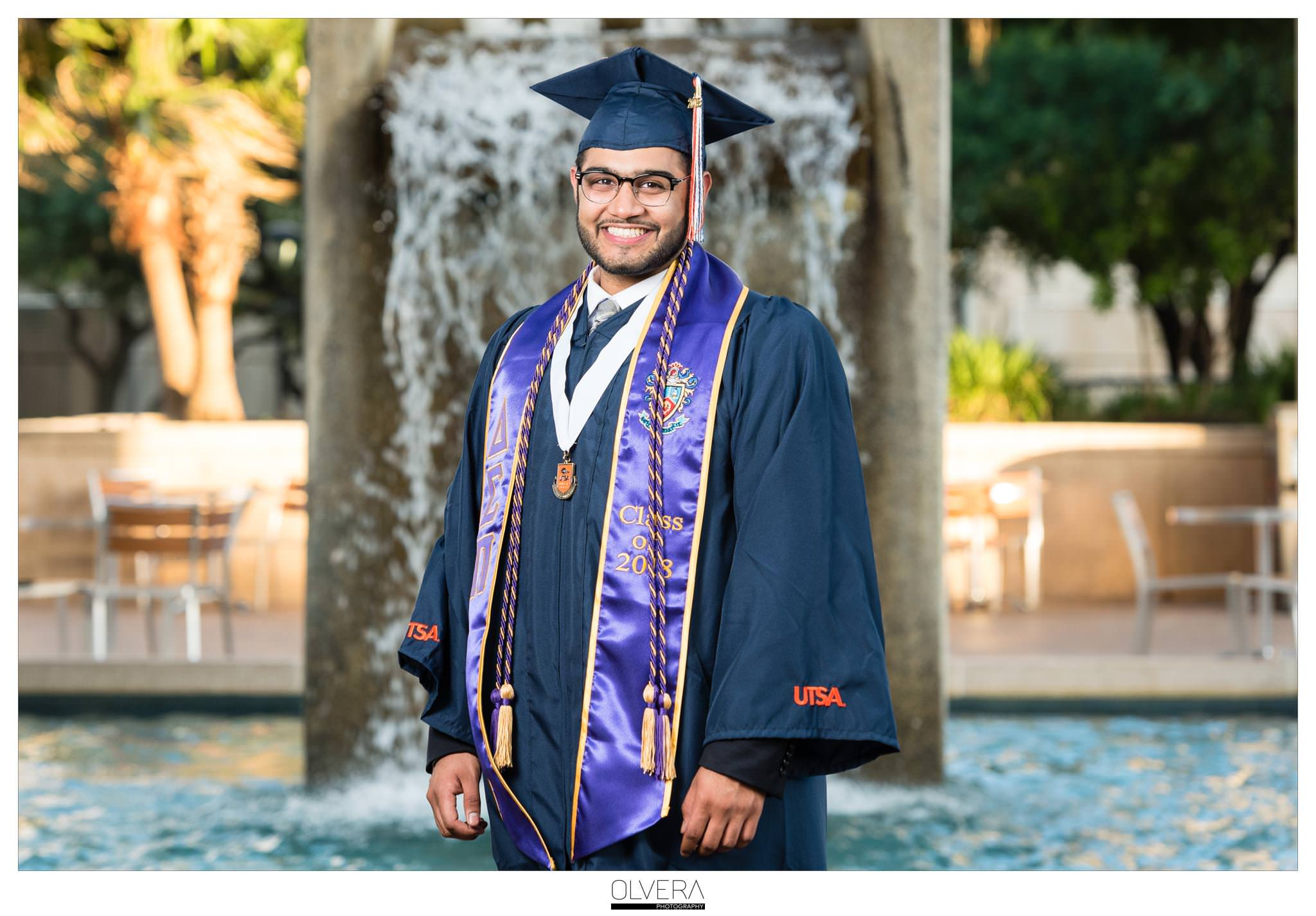 How to Celebrate your College graduation in style | Olvera Photography